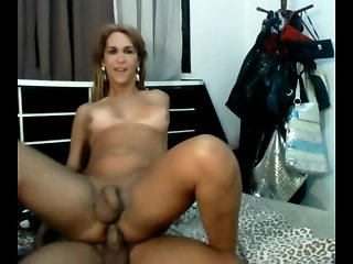 brazilian beauty gets dick facial