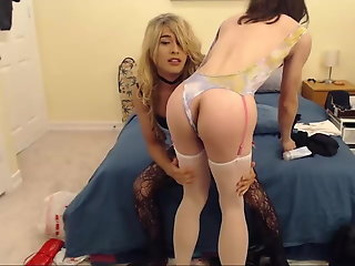 asian crossdresser gets fucked chaturbate