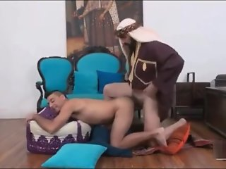 horny sultan dong