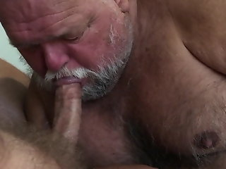 daddy sucks cock