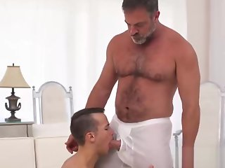 sexy bear daddy banging cute mormon