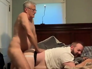 grampa fucks younger bear