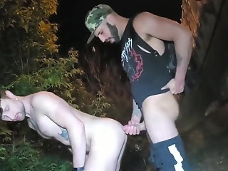 redneck barebacks roadside