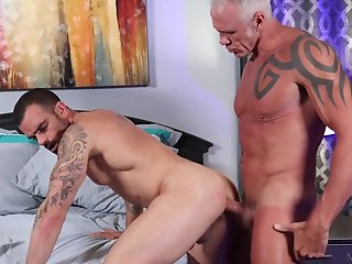 dallas steele damien crosse fucks
