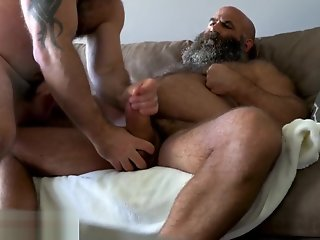 hairy muscle bear shooting load