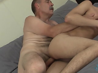 twink pays daddy bareback fuck session